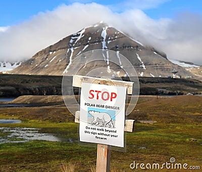 Spitsbergen/Ny-Ålesund: Bear Warning