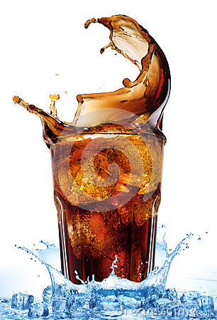 Free Splash From Ice Cubes In A Glass Of Cola, Isolated On The White Background Royalty Free Stock Photography - 64989957