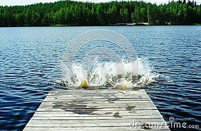 Splashes on the lake