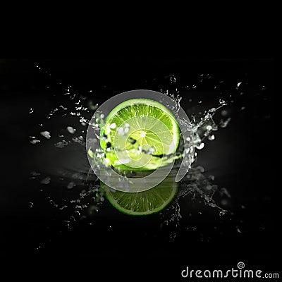Free Splashing Lime Royalty Free Stock Photo - 18058645