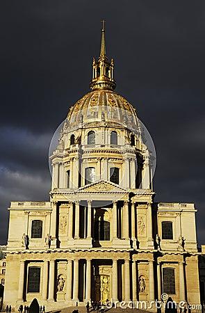 Splendid dome building