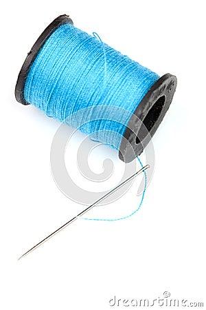 Spoel van blauwe draad