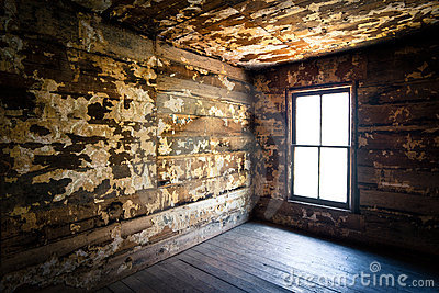 Spooky Creepy Abandoned Farm House Neglected Rot