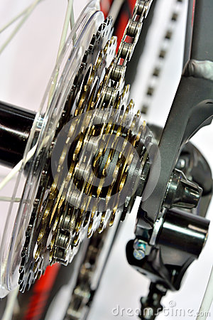 Sport bicycle gear machine