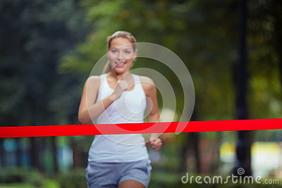 Clipart Runner Crossing Finish Line