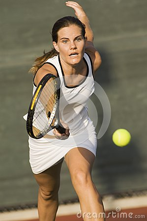 Free Sporty Tennis Player Royalty Free Stock Photo - 29647555