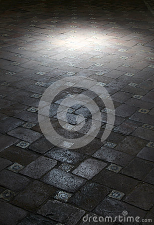 Free Spot Light On An Ancient Floor Of Tiles Royalty Free Stock Photography - 44179097