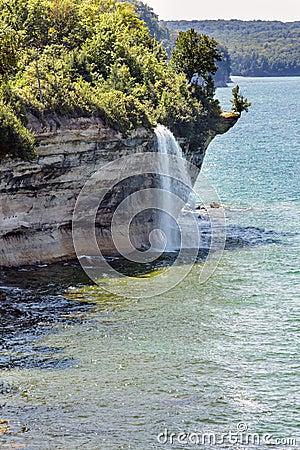 Free Spray Falls At Pictured Rocks National Lakeshore On Lake Superio Stock Image - 99072621