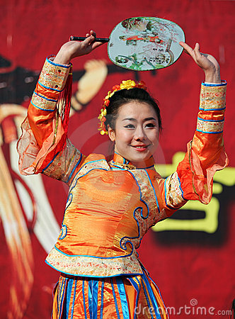 Spring Festival Temple Fair / Chinese female dance Editorial Photography