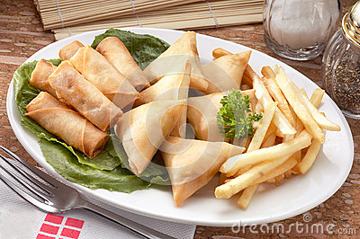 Spring roll and samosas