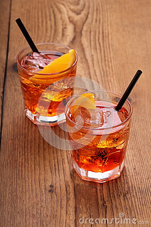 Free Spritz Aperitif, Two Orange Cocktail With Ice Cubes Stock Image - 41353991