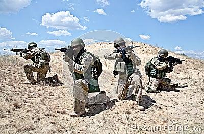 Squad i handling