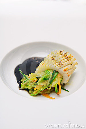 Squid with herbs and vegetables