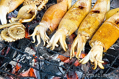 Squid and octopus were grilled
