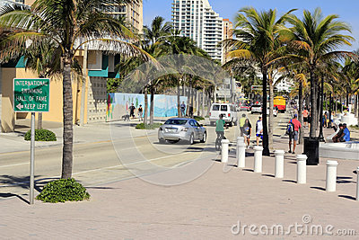 SR A1A South of SE 5th St Editorial Stock Photo