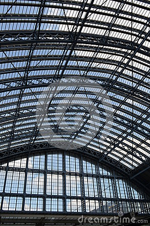 Free St.Pancras Railway Station Roof. Stock Photography - 43949352