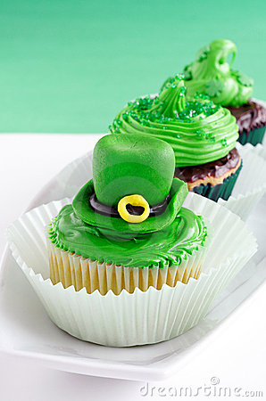 St. Patrick s Day cupcakes