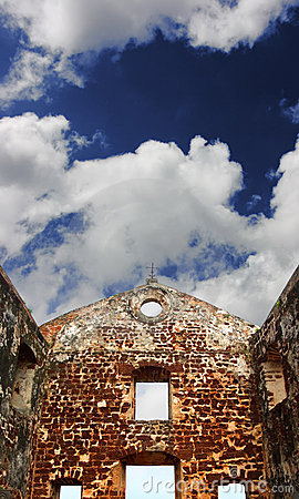 Free St.Paul S Church Ruins Under Blue Sky Stock Images - 6058444