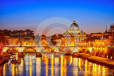 St. Peter katedra przy nocą, Rzym