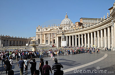 St Peter s Square & Colonnade,Rome, Italy Editorial Photography