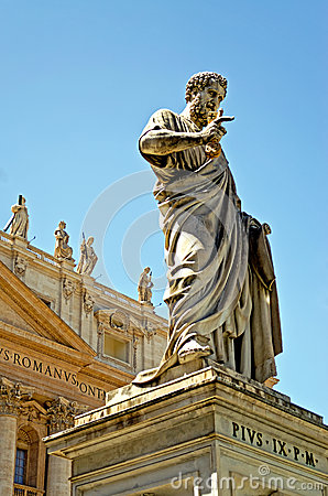 St Peters Monument at Vatican City
