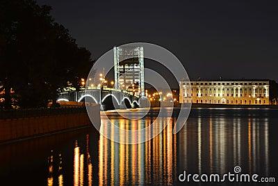 St. Petersburg, Trinity Bridge