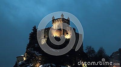 Saint-Pierre Castle at night