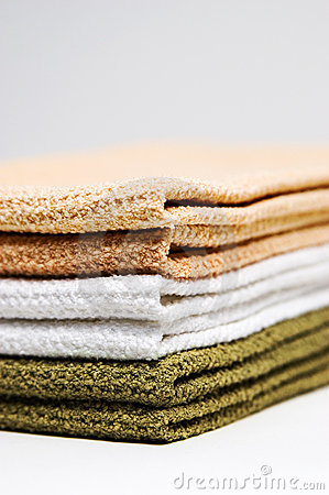 Free Stack Of Towels Stock Images - 646134