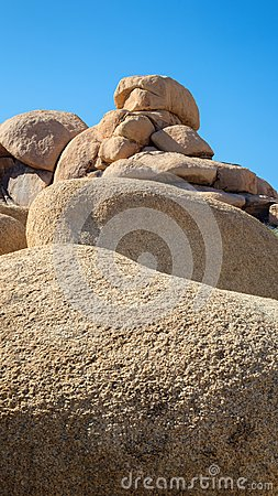 Free Stacked Boulders In Joshua Tree National Park Wall Art For Smartphone Royalty Free Stock Photography - 103733657