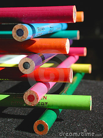 Free Stacked Pencil Crayons Royalty Free Stock Photos - 334988