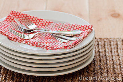 Stacked plates with forks