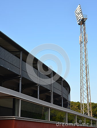 Stadium light mast