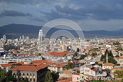 Stadt von Izmir vor Sturm
