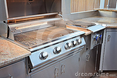 Clean Outdoor Kitchen Grill