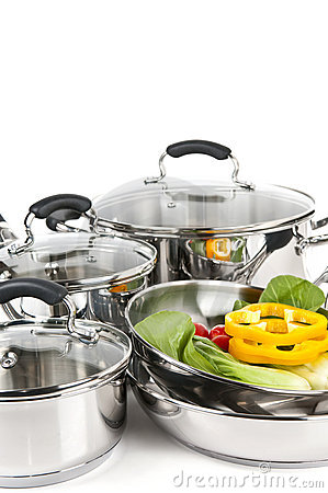 Free Stainless Steel Pots And Pans With Vegetables Royalty Free Stock Image - 9043336