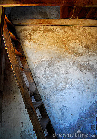 Free Stairs- Old Wood Stairs Royalty Free Stock Photo - 14386435