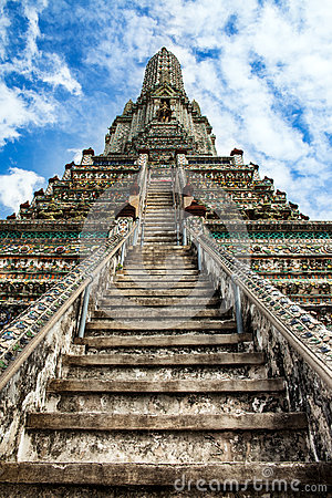 Stairway to heaven at Wat Arun, Landmark and No. 1 tourist attractions in Thailand.