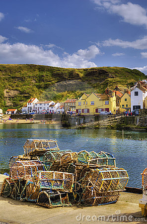 Free Staithes Harbor Royalty Free Stock Image - 11050726
