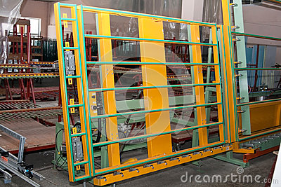 Stand for glazing from the production line of PVC windows