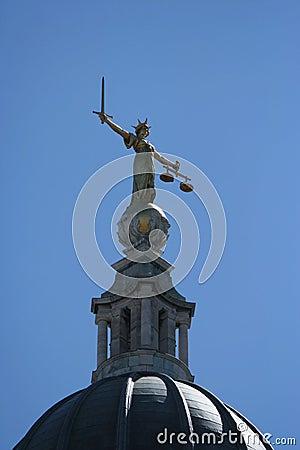 Standbeeld bij Oud hof Baily