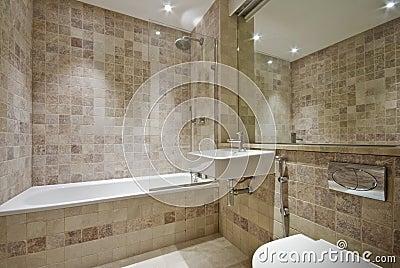 bagno di lusso con le mattonelle beige fotografia stock immagine 56811327
