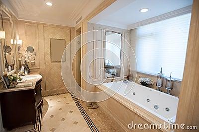 Stanza da bagno di marmo giallo chiaro fotografia stock - Stanze da bagno moderne ...