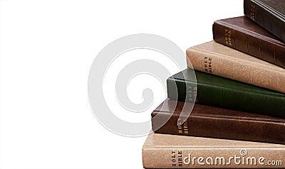 Stapel Bibeln