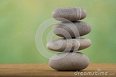 Staplad sten