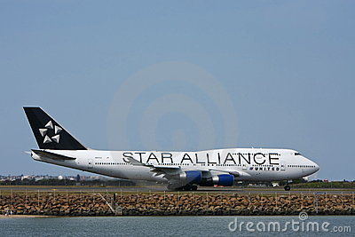 Star Alliance United Boeing 747 on runway. Editorial Image