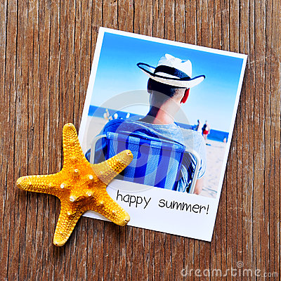 Free Starfish, And An Instant Photo With The Text Happy Summer Royalty Free Stock Photography - 53483577