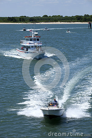 Free Starlight Charter Fishing Boat In Wildwood, New Jersey Stock Photography - 74264132