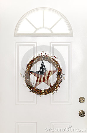 Free Stars And Stripes Patriotic Country Door Wreath Royalty Free Stock Photo - 56662505