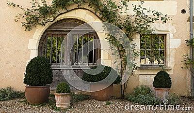 Stary drewniany drzwiowy Święty Jean De Cole