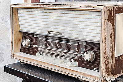 Stary radio set
